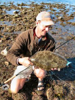 Jeff-Currier-fly-fishing-for-halibut-in-Baja