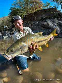 Jeff-Currier-with-Golden-Mahseer