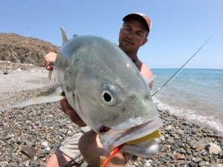 Jeff-Currier-with-Pacific-Jack-Crevalle-Baja
