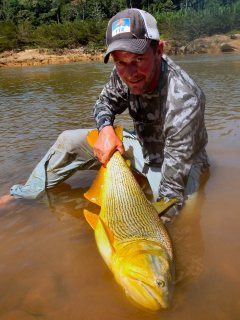blog-Aug-3-2013-7-Jeff-Currier-Golden-Dorado-fishing