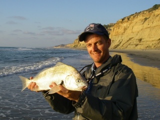 blog-Oct-14-2013-2-Jeff-Currier-with-spotfin-croaker