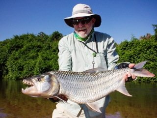 blog-Nov-9-2013-4-Steve-Reem-tigerfishing