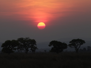 blog-Nov-9-2013-5-Tanzanian-sunset