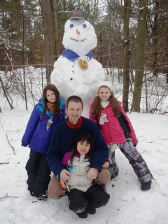 blog-Jan-21-2014-4-Wolfeboro-NH-snowman