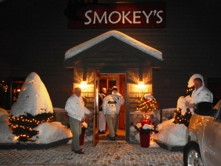 blog-Feb-10-2014-10-smokeys-restaurant-wisconsin
