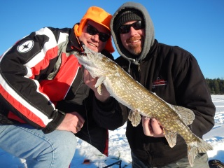 blog-Feb-10-2014-5-icefishing-for-northern-pike