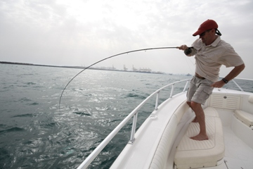 blog-March-22-2014-9-jeff-currier-queenfishing-in-dubai