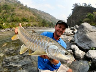 blog-May-21-2014-6-jeff-currier-mahseer-fishing