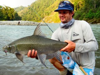 blog-May-25-2014-10-mike-daawes-flyfishing-in-bhutan