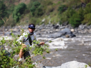 blog-May-29-2014-5-mike-dawes-flyfishing-in-bhutan