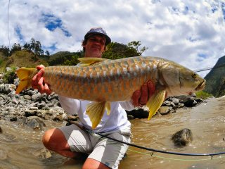 blog-May-30-2014-6-mike-dawes-flyfishing-bhutan