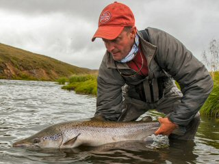 blog-Aug-13-2014-1-jeff-currier-atlantic-salmon-fishing-in-iceland