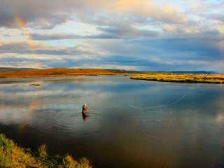 blog-Aug-13-2014-3-fly-fishing-with-icelandic-fly-fishermen
