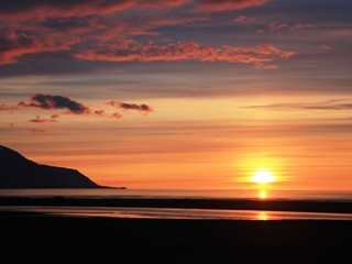 blog-Aug-4-2014-1-midnight-sun-in-iceland