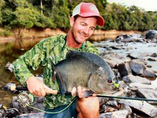 blog-Nov-5-2014-11-jeff-currier-flyfishing-for-piranha