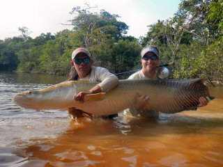 blog-Nov-5-2014-3-tim-brune-flyfishing-for-arapaima
