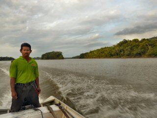 blog-Nov-6-2014-2-flyfishing-in-guyana