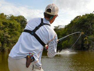 blog-Nov-6-2014-4-jeff-currier-arapaima-fishing-in-guyana
