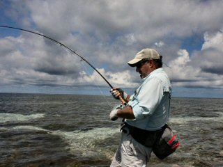 blog-Dec-11-2014-3-flyfishing-for-trevally