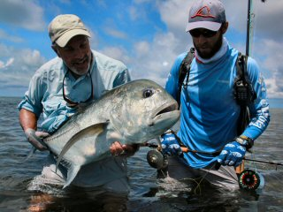 blog-Dec-4-2014-12-fly-fishing-for-giant-trevally