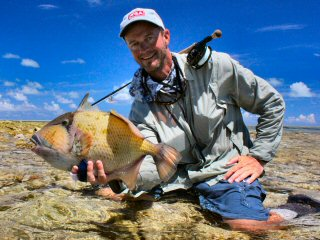 blog-Dec-8-2014-9-jeff-currier-flyfishing-for-triggerfish-iin-the-seychelles