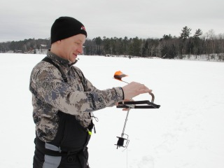 blog-Feb-6-7-2015-3-icefishing-tipup