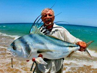 blog-March-18-2015-1-sam-vigneri-flyfising-for-roosterfish