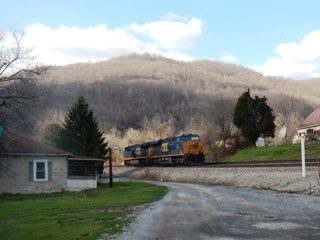 blog-March-28-2015-7-west-virginia-trains
