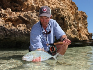 blog-April-8-2015-3-jeff-currier-flyfishing-for-orangespot-trevally