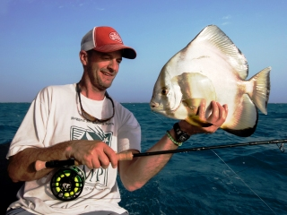 blog-April-11-2015-10-jeff-currier-flyfishing-for-spadefish