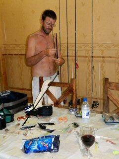 blog-April-30-2015-8-jeff-currier-rigging-for-trevally