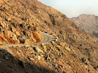 blog-May-3-2015-9-musandam-roads