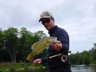 blog-June-13-2015-4-jeff-currier-flyfishing-for-smallmouth