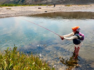 blog-Aug-18-2015-4-flyfishing-with-kids