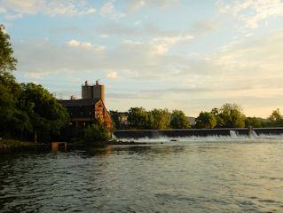 blog-May-10-2016-3-etowah-river-with-cohutta