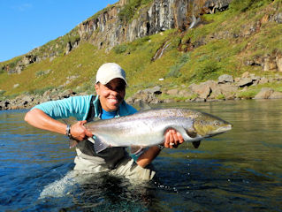 blog-aug-28-2016-8-granny-currier-catching-salmon