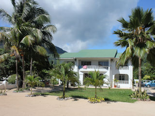 blog-nov-28-2016-8-jamelah-guest-house-mahe